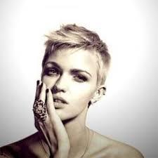 Kurzhaarfrisuren Pixie Cut by 37 Best Marissa Hair Cut Images On Hairstyles