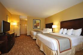 Comfort Suites Rochester Mn Kahler Inn And Suites Rochester Mn Booking Com