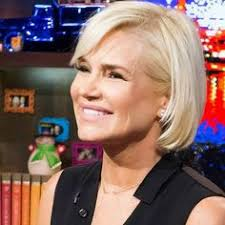 yolanda foster hair how to cut and style real housewives of beverly hills yolanda foster blasts the cast