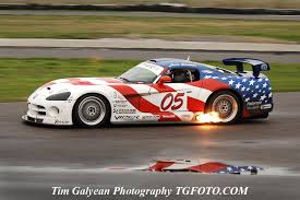 dodge viper race car race cars dodge vipers fast cars