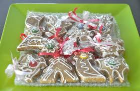 Homemade Xmas Gifts by Homemade Holiday Gifts And Edible Decorations Living Green With Baby