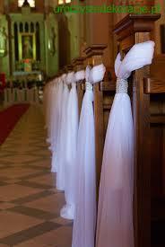 dekoracje ławek na ślub dekoracje kościołów pinterest