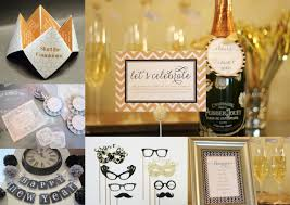 New Year Party Decoration Ideas At Home Peak Engagment Capturing U0027just Engaged U0027 Holiday Couples