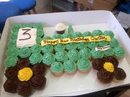custom cupcakes custom wedding cakes custom birthday cakes by desserts by