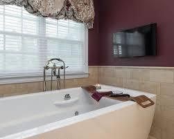 Grey And Burgundy Bedroom The 25 Best Burgundy Bathroom Ideas On Pinterest Burgundy Room