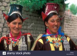 ladakh clothing portrait women wearing traditional clothes and trappings ladakh