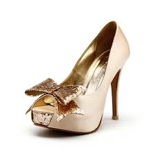 gold bridesmaid shoes chagne wedding heels chagne gold wedding by christyngshoes