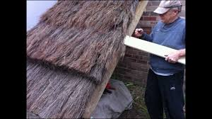 How To Build A Tiki Hut Roof How To Build A Thatch Roof Uk European Style Youtube