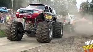 monster truck mud bogging videos trucks gone wild yankee lake truck night video dailymotion