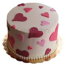 round valentine u0027s day cake birthday cakes in abu dhabi wedding