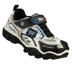 skechers womens light up shoes light up sneakers the key to a 5 year old s heart skechers