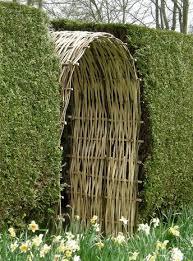Trellis Arches Garden Love This Willow Trellis Arch Built Into The Hedge Garden Hedges
