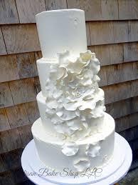 giant wedding cakes elegant custom wedding cakes elegance glamour wedding cakes
