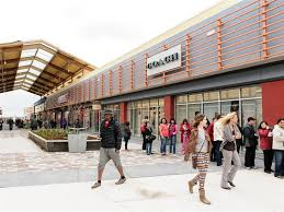 tanger outlets ottawa on stores