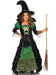 Witches Halloween Costumes 25 Witch Costume Ideas Halloween