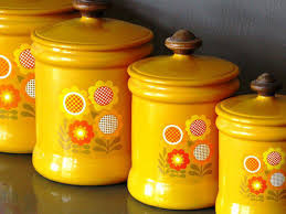 yellow kitchen canisters how to choose kitchen canisters set radionigerialagos