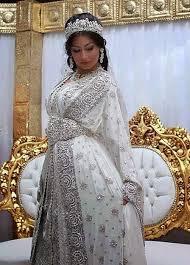 mariage musulman chrã tien caftan sari indien blanc argenté très classe caftan de mariage