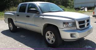 Dodge Dakota Truck Tires - 2010 dodge dakota crew cab pickup truck item bm9672 sold