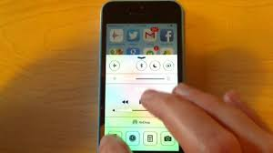 turn light on iphone how to turn on iphone 5 flashlight youtube