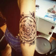 mandala tattoo on shoulder elbow tattoo of a mandala by tattoo artist andré de camargo