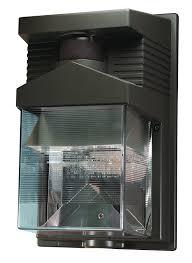 heath zenith hz 5630 bz 180 degree halogen motion sensing security light bronze halogen bulbs com