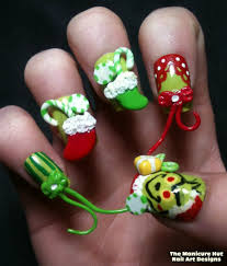 grinch movie nails by manicabana on deviantart