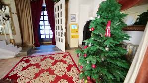 Home Decoration For The New Year by Review House With Christmas Tree And Wooden Staircase In Living