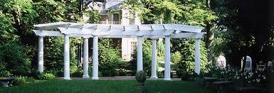 Columbus Topiary Garden - kelton house intimate historic affordable