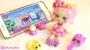 shopkins shoppies doll bubbleisha small mart shopping with
