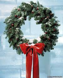 christmas reefs how to make a wreath martha stewart