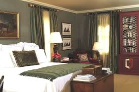 Green Bedroom Curtains Bedroom With Deep Green Silk Curtains Choosing The Right Bedroom