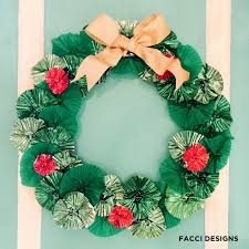 Holiday Wreath Facci Designs Diy How To Make A Cute Cupcake Wrapper Holiday Wreath