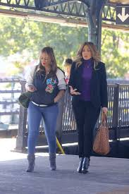 jennifer lopez and leah remini filming scenes for their new movie
