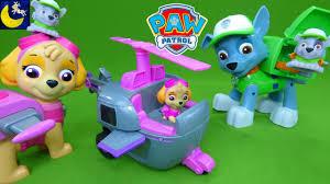 paw patrol toys skye u0027s deluxe helicopter sounds jumbo action