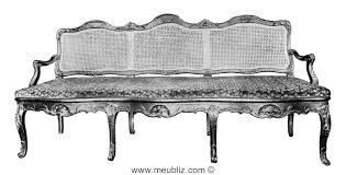 canape regence canapé régence canné à huit pieds galbés et dossier à