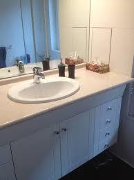 salle de bain plan de travail quelles couleurs pour mon plan de travail de salle de bain