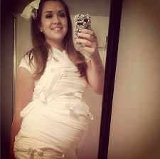 Pregnancy Halloween Costumes Maternity 20 Creative Costumes Expectant Mamas Toilet Paper Pregnancy