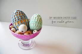 wooden easter eggs crochet wooden easter eggs free pattern think crafts by