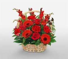 online flowers what s the best way to give a girl flowers quora
