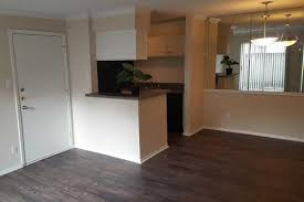 Houston Tx Laminate Flooring Studio One And Two Bedroom Apartments In Westchase Tx