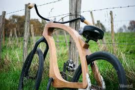 fabriquer son porte velo interview fullwood création originale de vélo en bois weelz fr