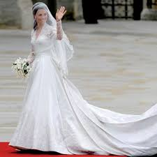 kate middleton wedding dress 5 ways kate middleton s wedding dress is still influencing the