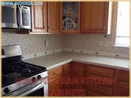 cleaning kitchen cabinets with vinegar cleaning kitchen cabinets with vinegar lovely kitchen cabinets how