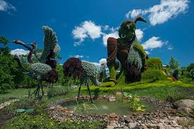 Montreal Botanical Gardens Horticultural Artists Grow Fantastical At The Montréal