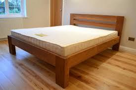 Solid Wood Bed Frames Solid Wood King Bed Photo Choosing Solid Wood King Bed U2013 Modern