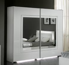 chambre laqué blanc brillant armoire portes gloria laquee blanc laque pas cher but blanche