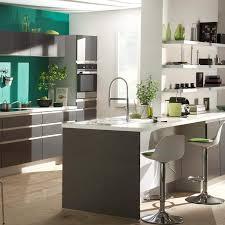 cuisine platine but ilot de cuisine 20 modèles pour aménager sa cuisine ilot de