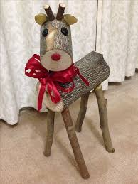 Christmas Reindeer Decoration Ideas by Best 25 Reindeer Ideas On Pinterest Animals With Antlers Where
