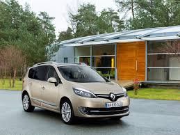 renault grand scenic luggage capacity renault grand scenic 2013 pictures information u0026 specs