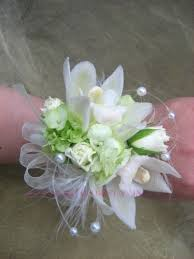 wrist corsages for homecoming corsages autry s 4 seasons florist bend or
